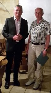 Thomas Dubowy gratuliert Hans-Joachim Hesslinger